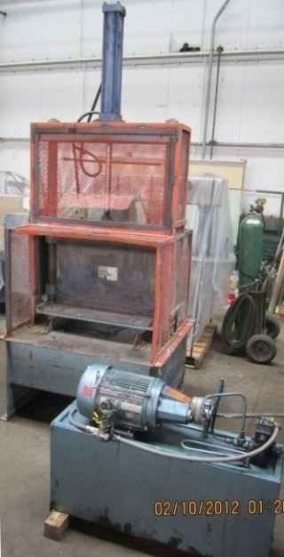 32″ Guillotine (Bale) Cutter, Item # 1443