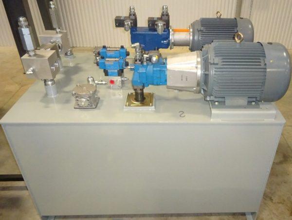 500 Gallon Hydraulic Unit, NEW, Item # 1743